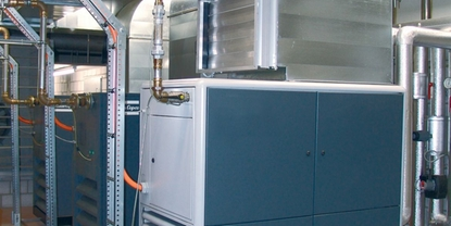 Constant compressed air system monitoring using meaningful KPIs for constructive energy management